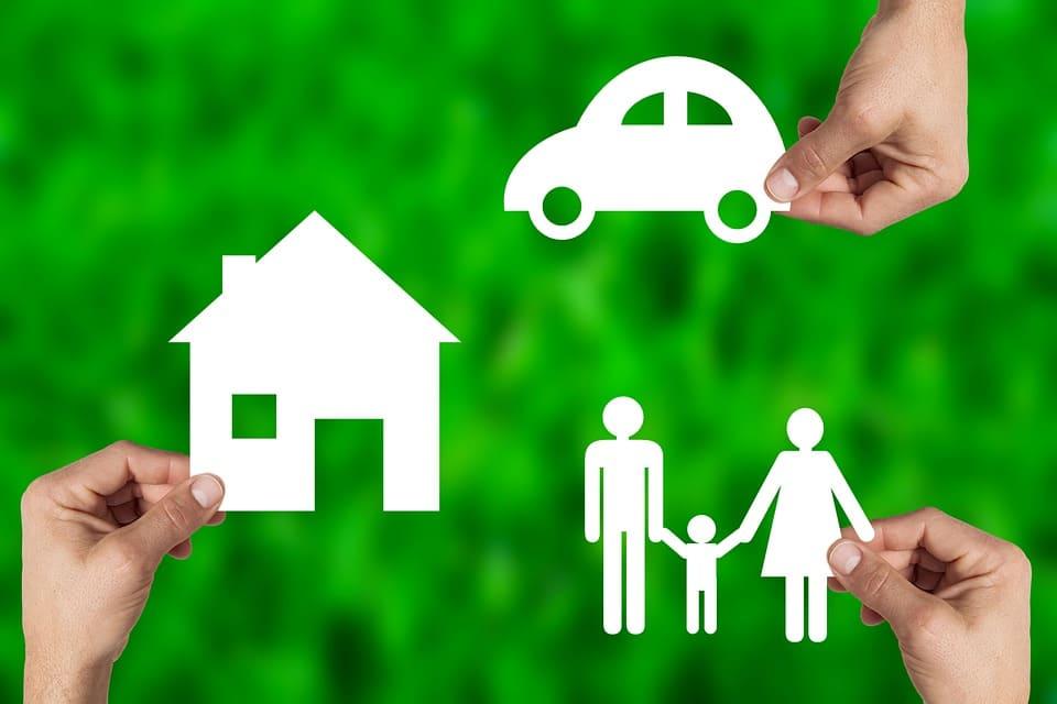 公的保険と私的保険